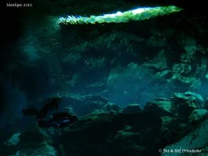 Cenote atmosphere. by Bea & Stef Primatesta