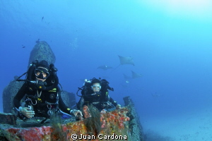 Wreck dive Cancun by Juan Cardona