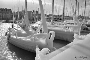 Ice boats  by Raoul Caprez