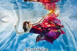 Colors on Ice by Rafal Makiela