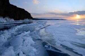 frozen sunset by Mathieu Foulquié