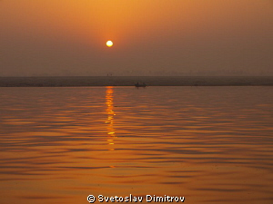 Sinrise at the Ganges by Svetoslav Dimitrov