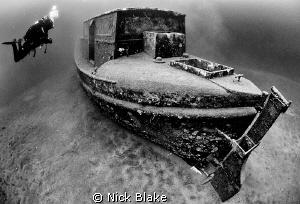 Diver and Elisabeth Austin Lifeboat, Wraysbury. by Nick Blake