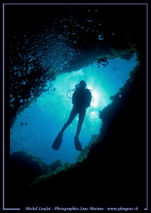 Diving the Cheminee in Malta... by Michel Lonfat
