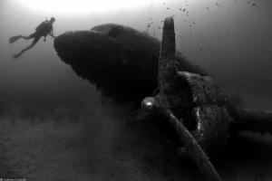plane wreck by Mathieu Foulquié
