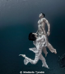 Indonesian fashion underwater shoot. +/- 8m below sea level by Windiarto Tjandra