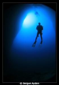 cave and diver