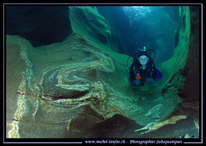 Diving the Verzasca River... by Michel Lonfat