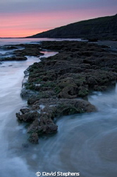 Unusual sunset at Dunraven Bay, Southerndown, South Wales... by David Stephens