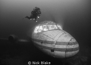 Jet Plane and Diver, Capernwray. 2 inon strobes and remo... by Nick Blake