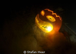 Happy Halloween! :-) By a dive in the lake of Zürich! Was... by Stefan Heer