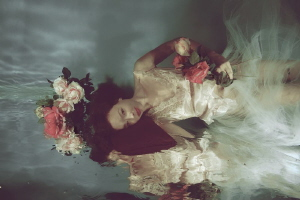 Bed of roses by Lucie Drlikova