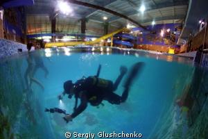 Evening pool by Sergiy Glushchenko