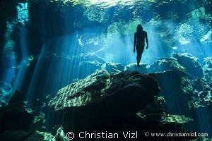 """""""Rising"""" by Christian Vizl"""