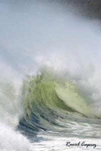 The Wave ! by Raoul Caprez