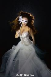 Underwater modelling by Alp Baranok