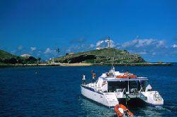 Liveaboard - Abrolhos Archipelago - Bahia - Brazil by Eduardo Lima