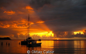 Jamaica - Negril / Just before the Night Dive by Oktay Calisir