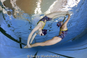 Synchronized swimming. by Sergiy Glushchenko