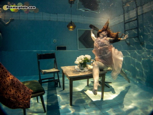 Underwater photoshoot for Videodance short video project.... by Ran Mor