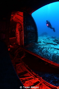Dakota C-47 plane wreck with red filtered remote strobes ... by Taner Atilgan