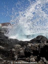 splash - getting wet... by Claudia Weber-Gebert