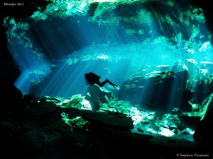 Cenote lighting by Stéphane Primatesta