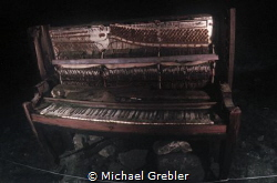 Upright piano sunk in Morrison's Quarry. Photo taken unde... by Michael Grebler