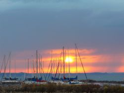 Sunset over the harbor. Taken with an Olympus 5o5o at sun... by Charlie Foreman