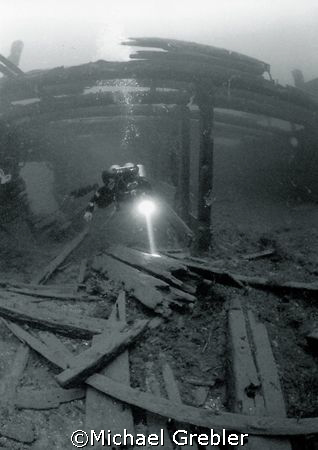 Wreck of the Gaskin, in the St. Lawrence River just off Brockville, Ontario. Nikonos V, 12mm Sea & Sea lens on manual exposure in natural light with 800 ASA film.