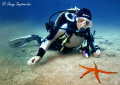 Diver from Manta Diving in Kanzarote - Sea & Sea 800G with twin YS-25 strobes. Feb 2011